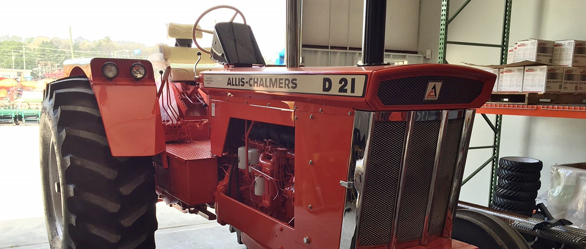 Allis Chalmers D-21 classic tractor