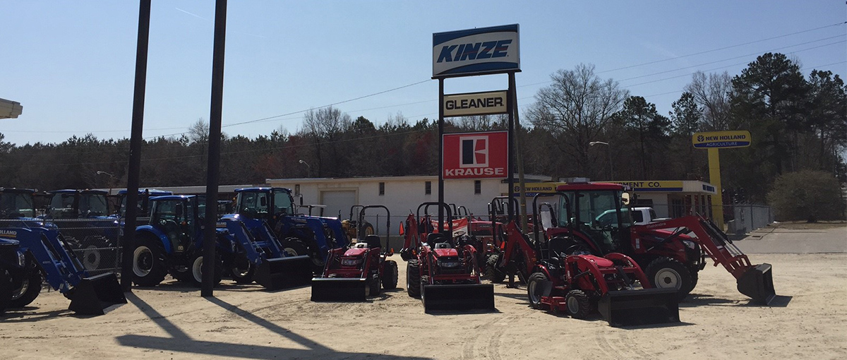 Kinze, Gleaner, and Krause at the Vause location